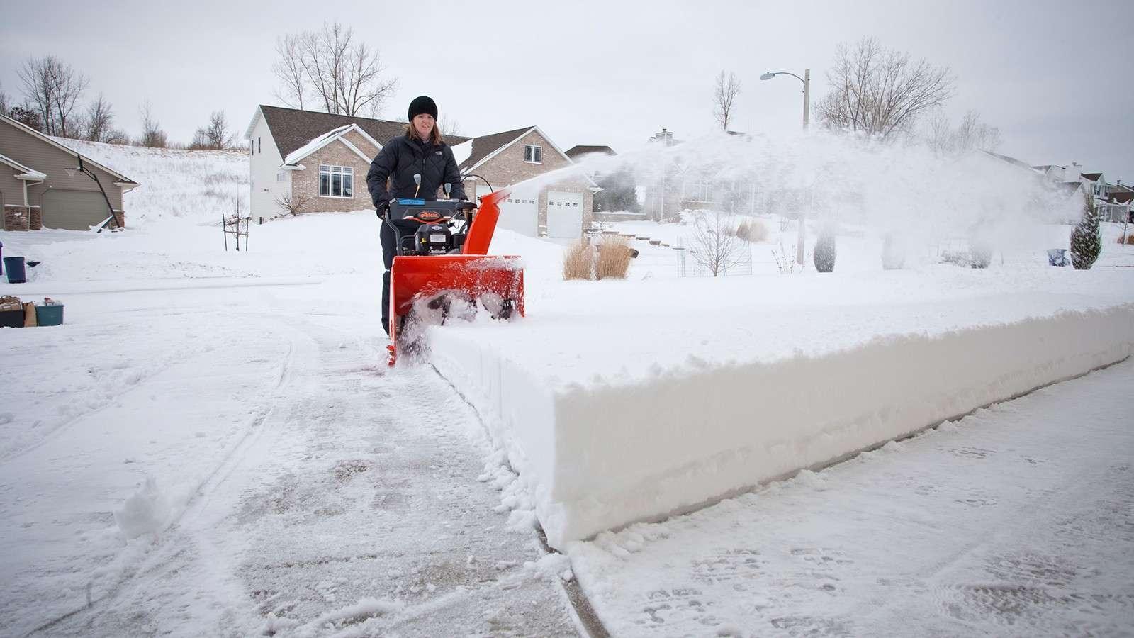 Снегоуборочная техника для дачи