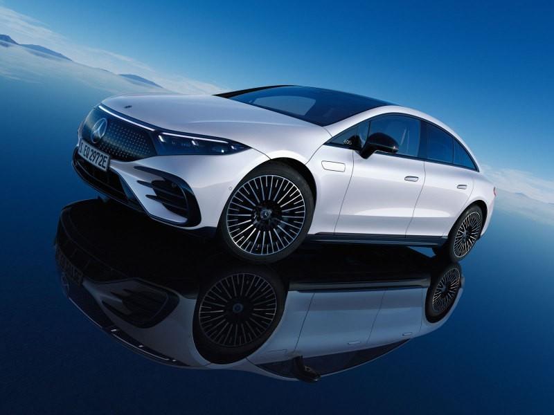 Люксовые Mercedes-Benz EQS и Mercedes-Maybach S-Class представят в России