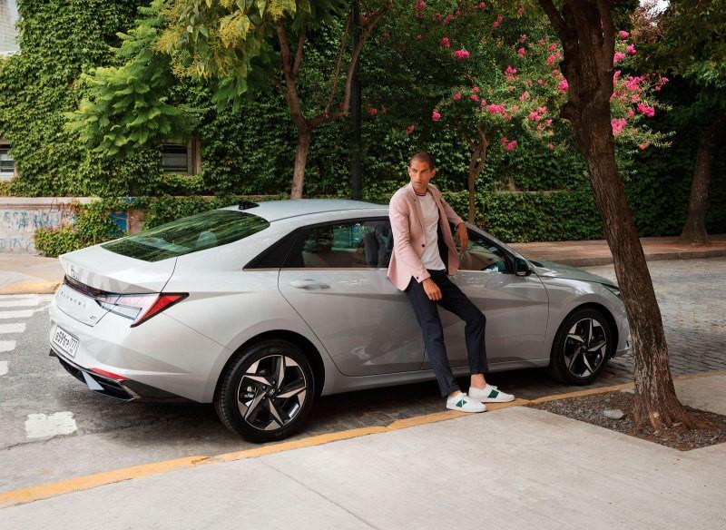 Hyundai Elantra стал доступен по подписке в России