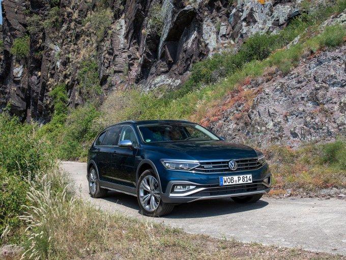 Volkswagen Passat Alltrack: в России от 3.697.000 руб.
